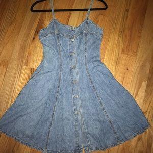 Jean dress size 3